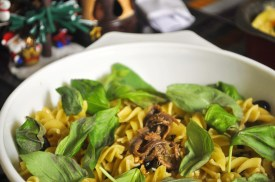 Oil and Garlic Pasta with Anchovies and Fresh Basil